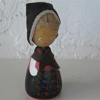 "Handpainted doll in folkdress of Dala Jarna, Dalarna, 5"" tall, 2 LEFT IN STOCK"