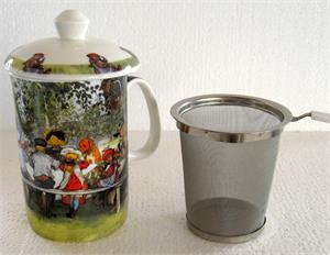 Carl Larsson tea infuser, Breakfast under the birches, bone china mug with lid. Infuser holds 14oz